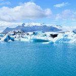 夏でも見られるアイスランドの氷河と山の上のエデン 2日目